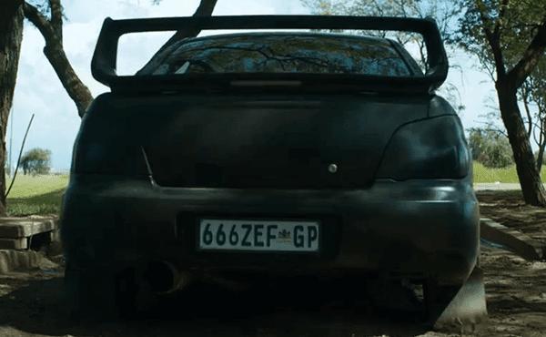 A placa liscence no carro de Ninja tem 666 nele.  Outros que apelar para o valor de choque de ZEF forma, o número 666 indica que Ninja representa Satanás, aquele que se opõe a fabricante.