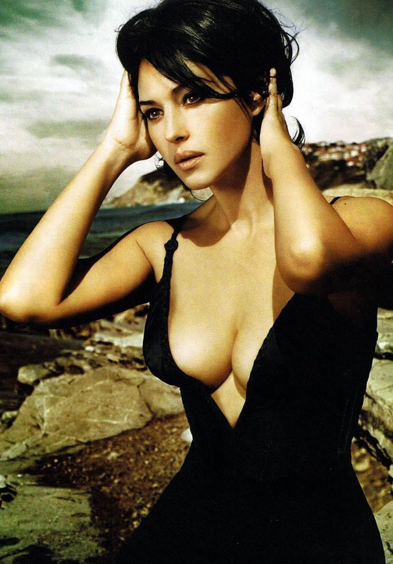 deremotionaleleader:  Monica Bellucci