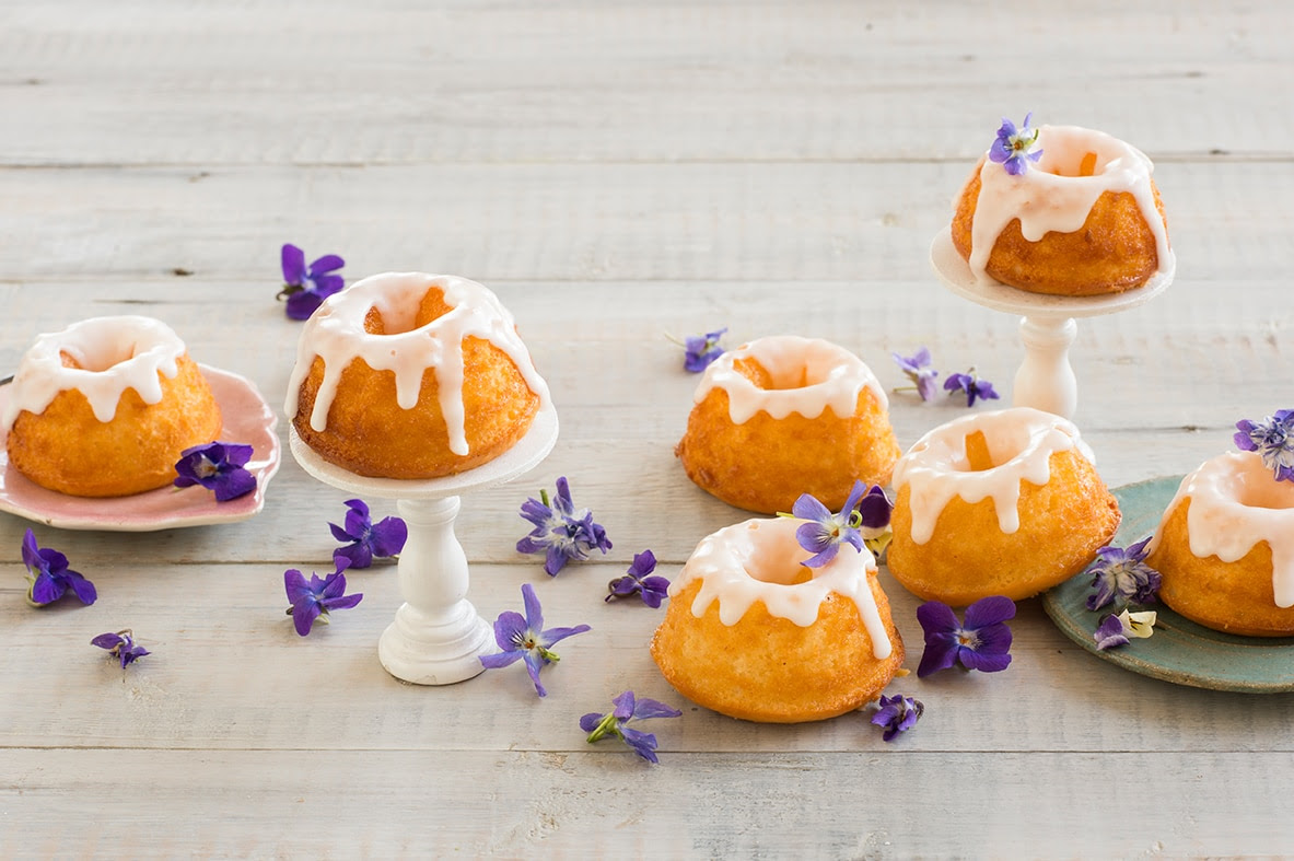 How To Make And Use Simple Syrup For Your Cakes And Where To