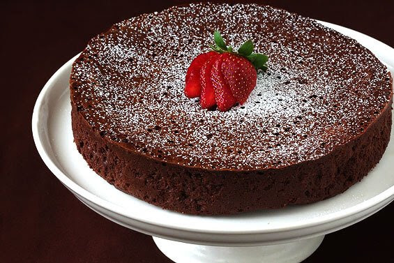 Flourless Chocolate Cake   Gimme Some Oven