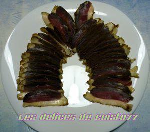 Magret-canard-seche-maison-tranche.jpg