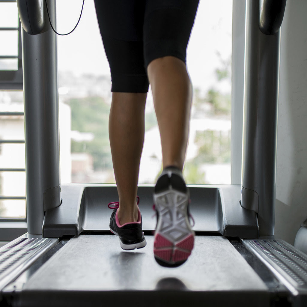 Treadmill Tips to Burn More Calories, Build Muscle, and ...