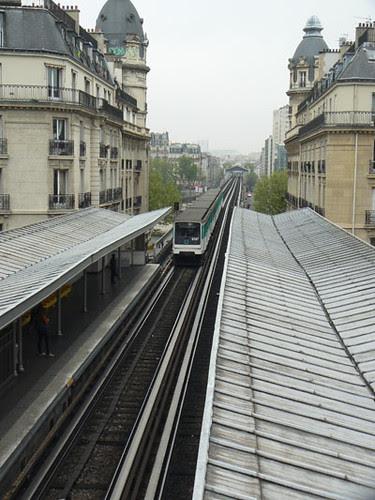 métro passy de haut.jpg