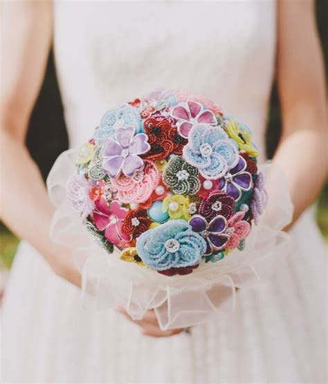 Picture Of colorful bead flowers and brooches wedding