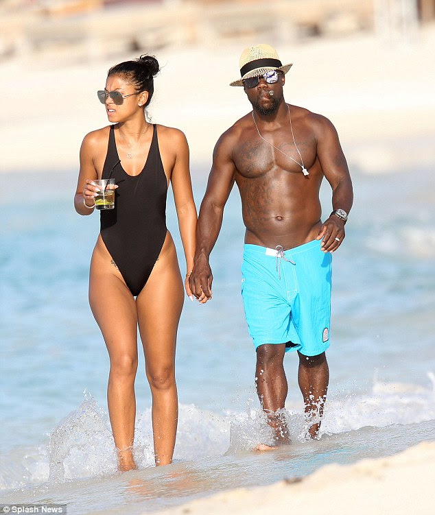Eniko Parrish Reunites with Kevin Hart After Scandal: Pics ...