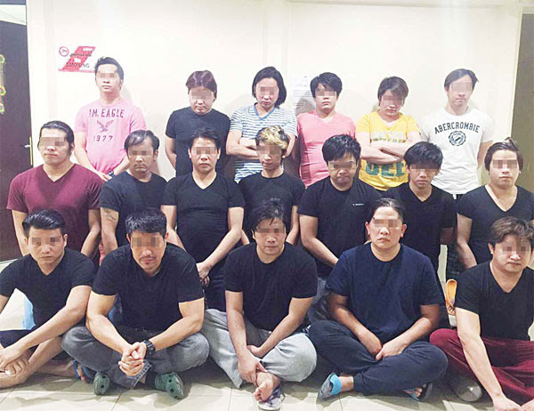 18 Filipinos engaged in immoral activities were busted by police in Salmiya - MoI photo