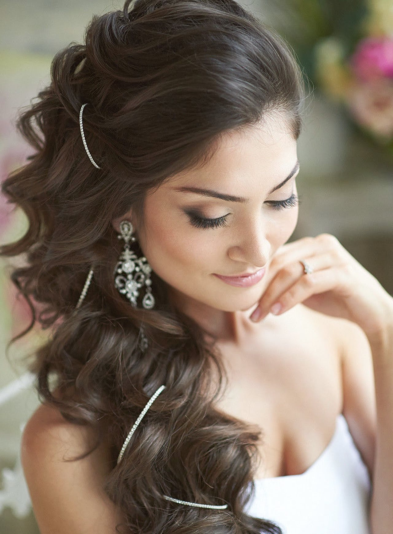 Beautiful Hairstyles For Long Hair Women's - The Xerxes