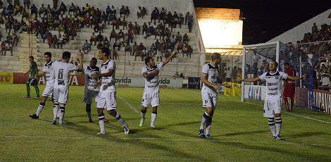 Carcará vai ter que vencer por dois gols de diferença, no jogo da volta, em Fortaleza, no domingo / Foto: Vandinho Dias/ Supramax Comunicação