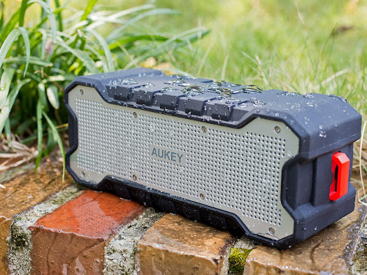 Have a splash of a time with the Aukey Outdoor Bluetooth speaker
