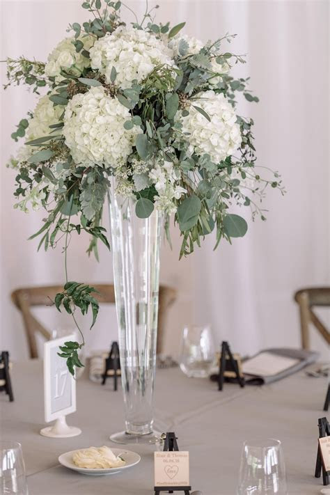 The Smarter Way to Wed   Wedding Centerpieces   Tall