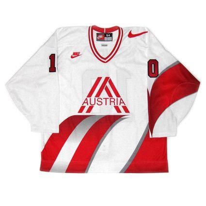 Austria 1997 jersey photo Austria 1997 F.jpg