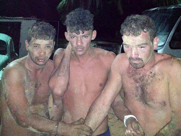 Três detentos já estavam do lado de fora da unidade prisional (Foto: Divulgação/PM)