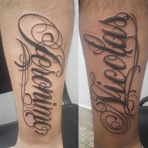 Algo De Caligrafía El Sentimiento De Amor Por Dos Hijos Tattoo