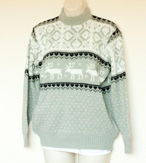 Vintage womens Nordic ski sweater, John Deere Beautiful Bodyguards, gray & white deer and snowflakes, Medium