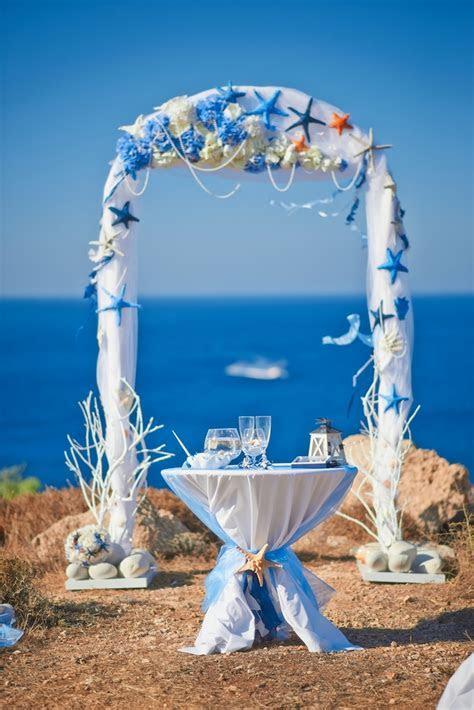 17 beach wedding decor ideas   Ceremony and reception