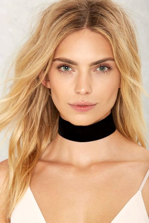 Le Fashion Blog Blonde Wavy Hair Under 20 Budget Friendly Black Velvet Choker White Camisole Via Nastygal