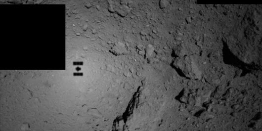 Two Japanese robots are now happily hopping on an asteroid [Updated]