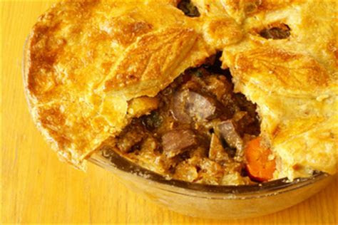 Steak and Kidney Pie recipe   MyDish