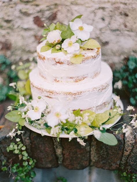 Rustic vintage French country wedding inspiration   100