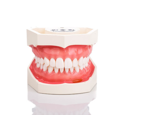 6 Ways to Keep Your Gums Healthy