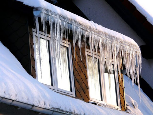 Make Your House Gutters Work Better In The Winter: 5 Ways To Prevent Ice Dams & Roof Ice Melt | The Household Tips Guide