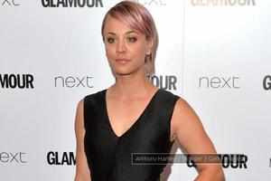 Kaley Cuoco finds new love with `Arrow` star Paul Blackthorne