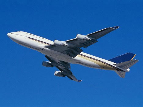 बिना तेल और इंजान के चलने वाला विमान