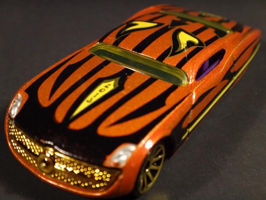 2013 Halloween Hot Wheels exclusive pumpkin Ford Gangster Grin