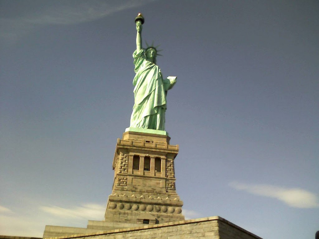 Amazing Statue Of Liberty Picture Wallpapers Hd Desktop