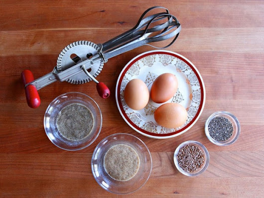How to Make a Vegan Egg Substitute - Flax and Chia Eggs Recipe