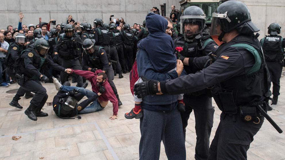 Todos los vídeos de la represión policial en el referéndum