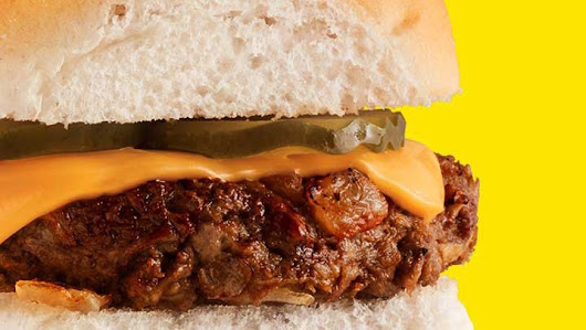 Can White Castle Sell the Impossible—the Meatless Burger That Bleeds? | The New Yorker