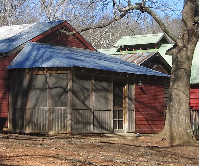 IMG_0060-2014-01-24-Shingleroof-Campground-McDonough-Georgia-2-blue-roof