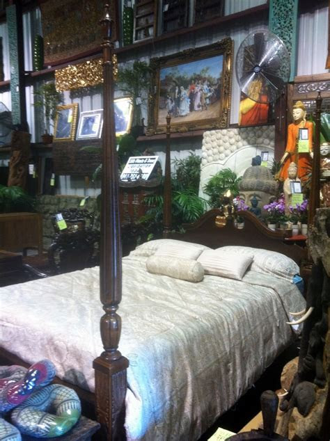traditional american  poster rice bed  decor