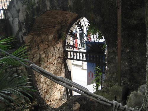 Santa Teresa doorway