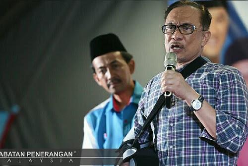 Kerusi kosong: Penyokong baca isyarat Anwar segera bertanding