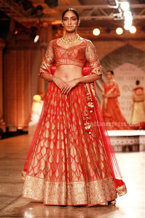 2301 best India Hindu Traditional dress Ethnic cloths