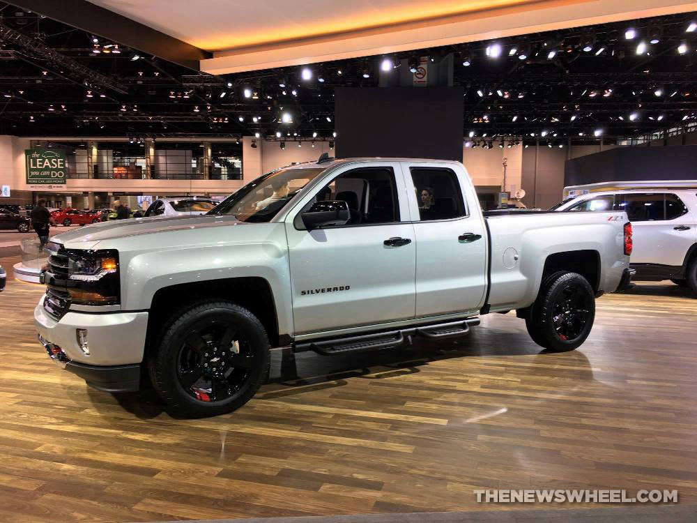 Chevy Silverado Redline Edition 3 | The News Wheel