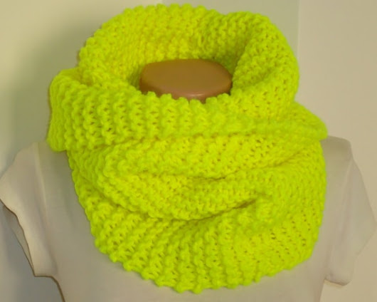 SALE.Neon yellow knite scarf / Knit scarf / knitted by AYTULGIFT