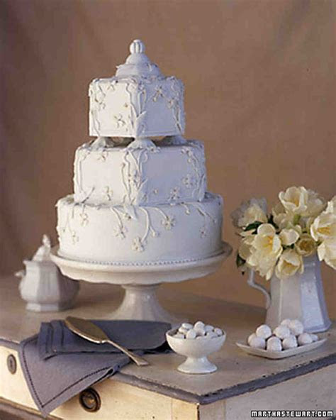 Wedding Cakes Inspired by China Patterns   Martha Stewart