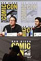 nat wolff and margaret qualley join death note co stars at comic con2 03