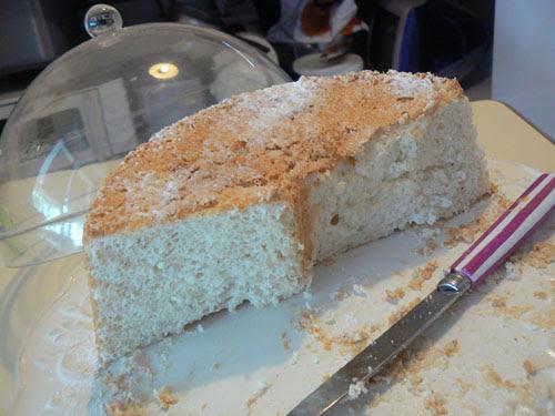 angel food cake 3.jpg