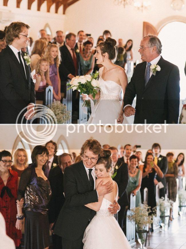 http://i892.photobucket.com/albums/ac125/lovemademedoit/welovepictures%20blog/BushWedding_Malelane_035.jpg?t=1355997458