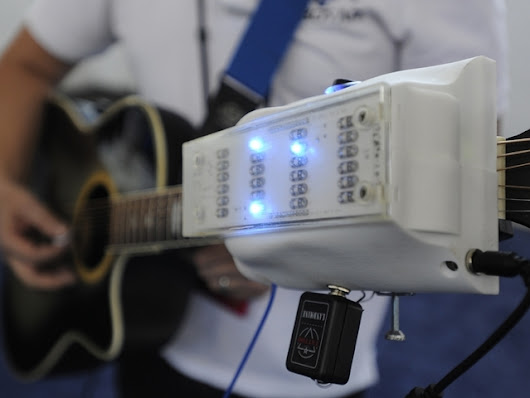 RoboTar Guitar Chord Robot - Play Guitar with One Hand