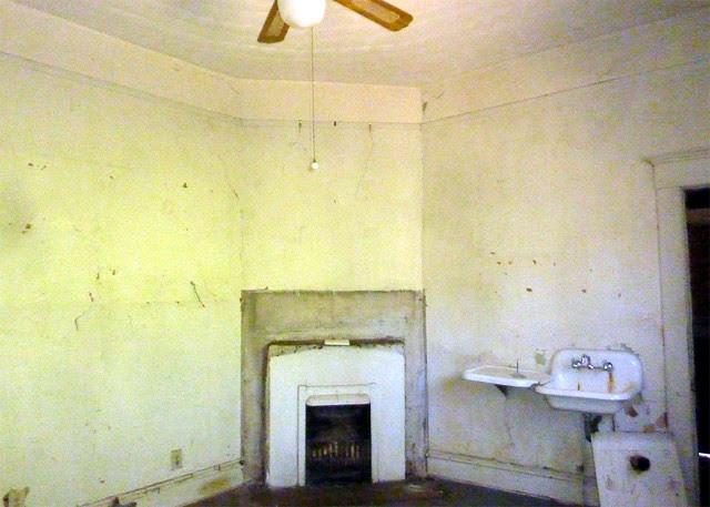 P1170742-2013-03-19--1148-North-Highland -VaHi-Teardown-before-North-Unit-B-Kitchen-fireplace