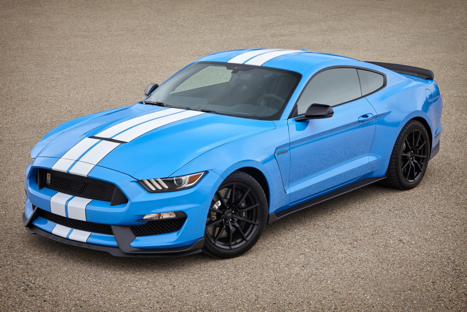 2017 Mustang Shelby GT350: First Pics of New Colors Are MindBlowing