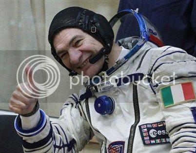 photo astronauta_zpsed5bca5e.jpg