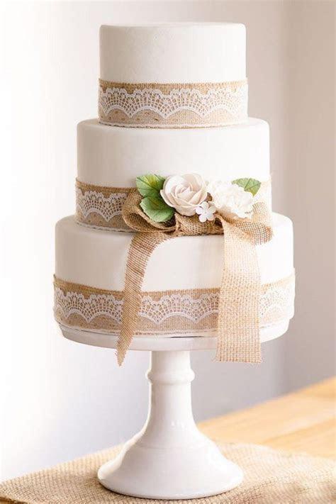 Best 25  Burlap wedding cakes ideas on Pinterest   Country