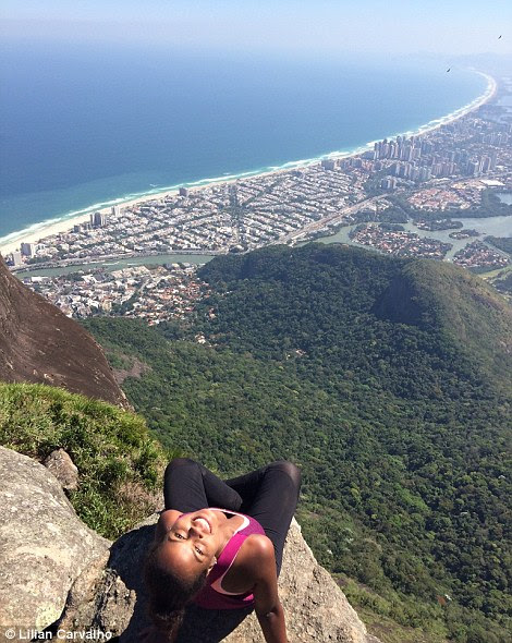Lilian Carvalho sitting on the edge