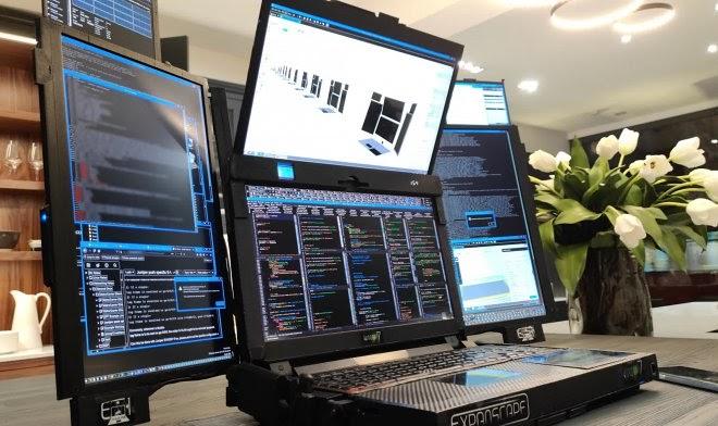 Expanscape представила ноутбук Aurora 7 с семью экранами
